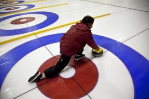 photo of VI curler slide delivery from side view